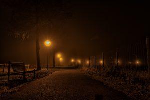 night-2025856_1920