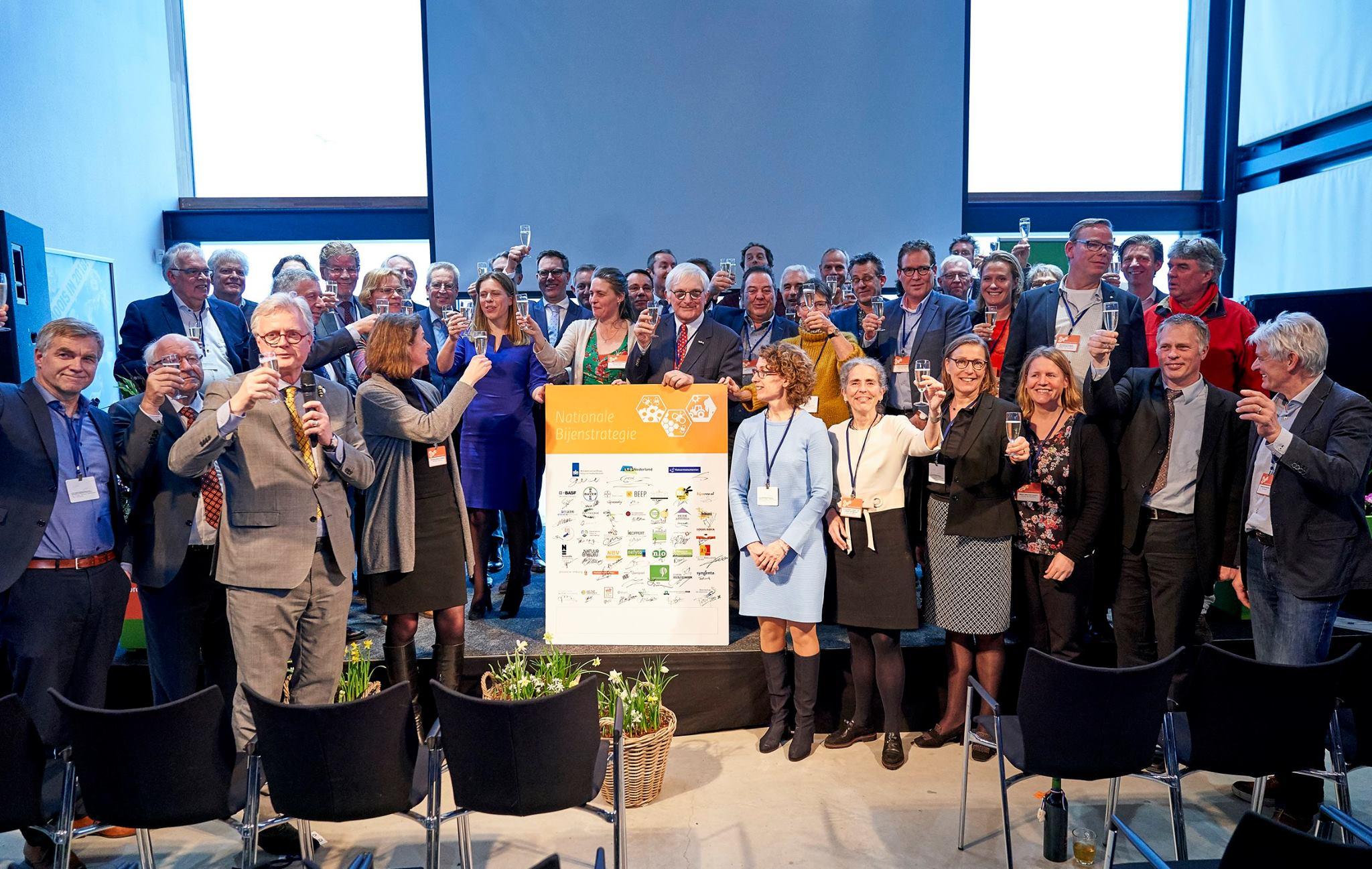 Ministerie van LNV presenteert Nationale Bijenstrategie